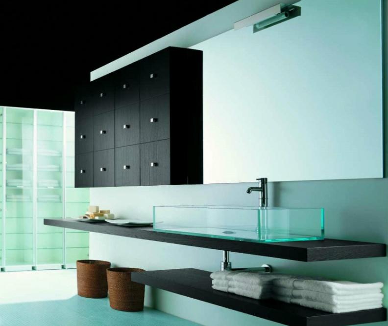 MADERÓ Muebles de baño con identidad Gallega  Via Mar, cerámicas y